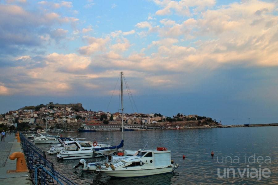 Puerto de Kavala, Grecia