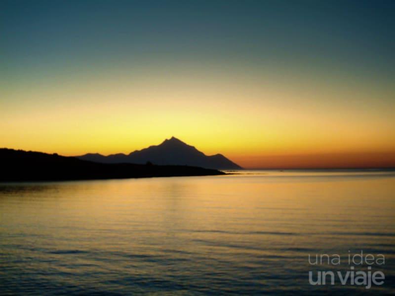Qué visitar en Grecia: Amanecer sobre el monte Athos